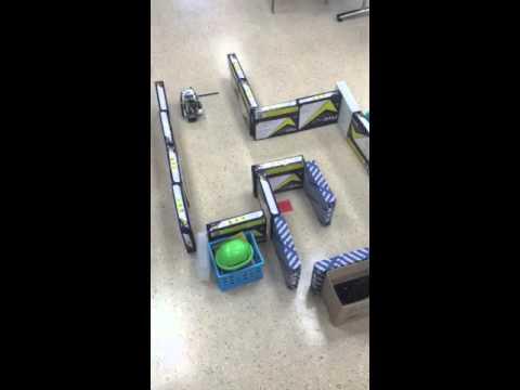 EV3 Lego Mindstorm Ultrasonic Sensor Maze - YouTube