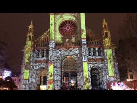 St Catherine Brussels Christmas Light Show (iphone7 4k)