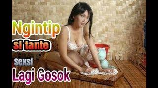 Download Video HOT! Ngintip Si tante seksi lagi Nggosok MP3 3GP MP4