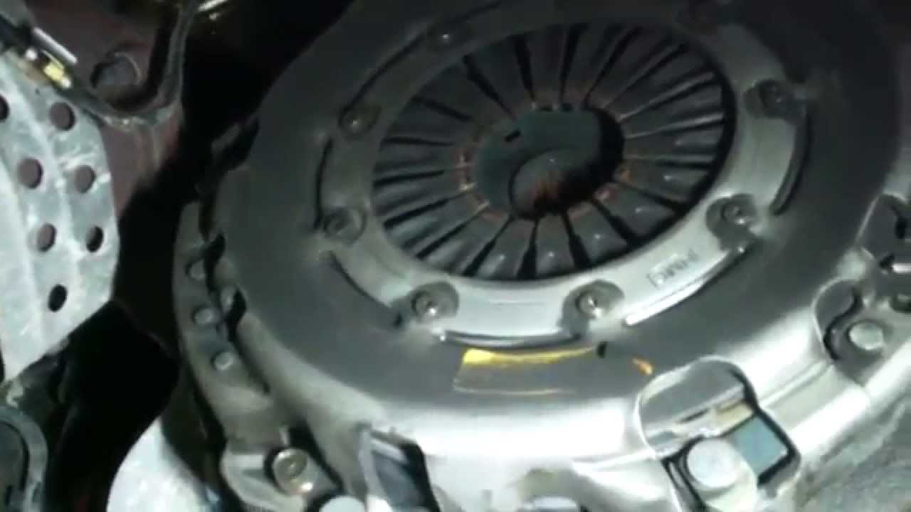 clutch replacement overview 2005 kia sorento manual transmission removal [ 1280 x 720 Pixel ]