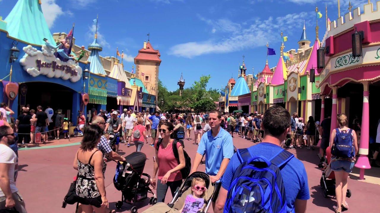 2018 Disney's Magic Kingdom 4k Tour and Overview