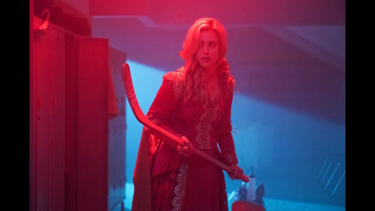 Riverdale | Black hood attack Betty Cooper 3x20 /season 3