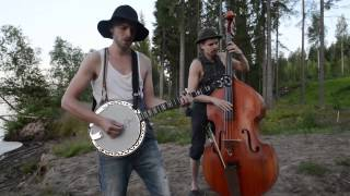 NOTHING ELSE MATTERS by STEVE´N´SEAGULLS (LIVE) thumbnail