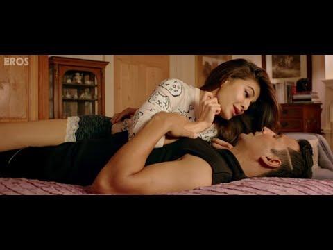 Jacqueline Fernandez sleeps on Bollywood actor