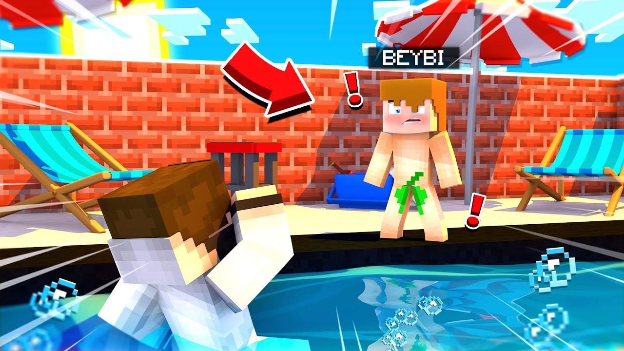 BEYBİ YÜZMEYİ ÖĞRENİYOR - BeybiCraft Bölüm 7 (boğuldu!) - Minecraft