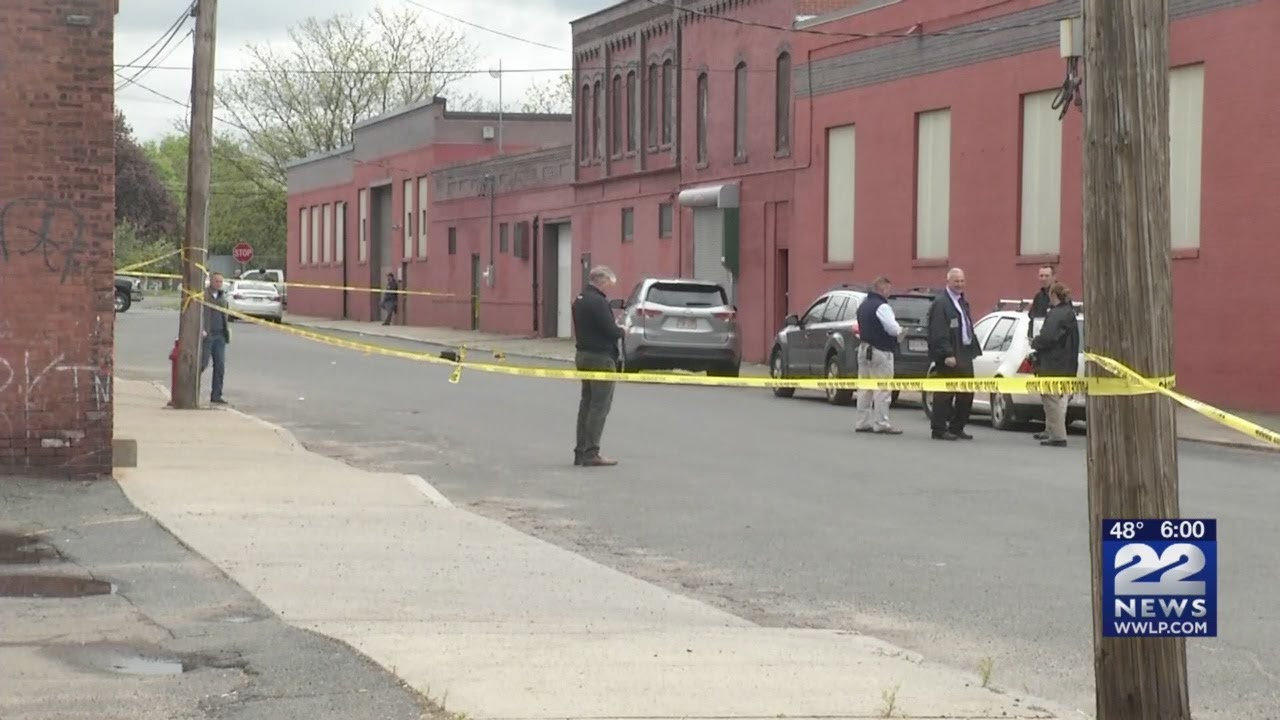 A Full Investigation Needed In Holyoke >> Holyoke Police Investigating Homicide Youtube