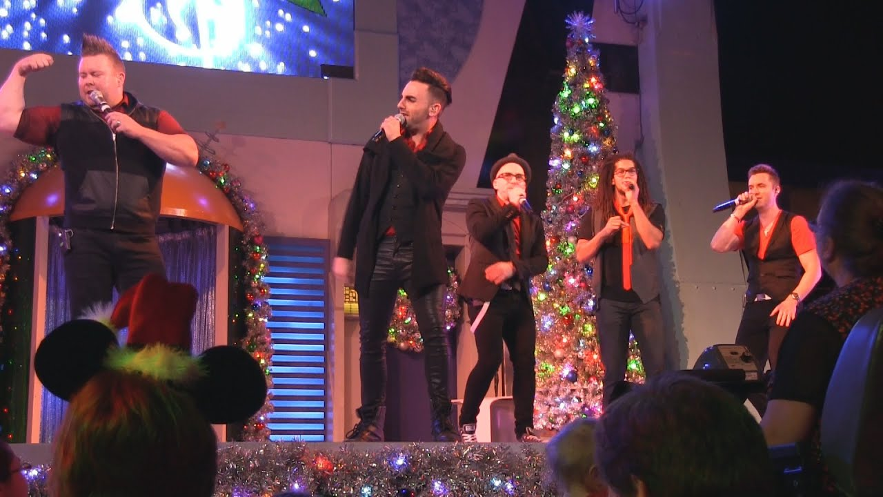 VoicePlay a cappella group performance at Mickey's Very Merry ...