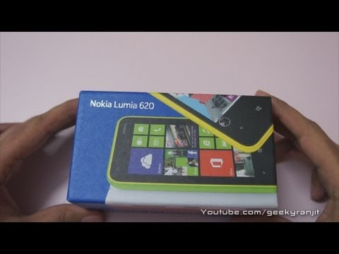 Nokia Lumia 620 Windows Phone 8 Unboxing