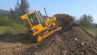 caterpillar d5g xl bull dozer crawler tractor for sale operational video