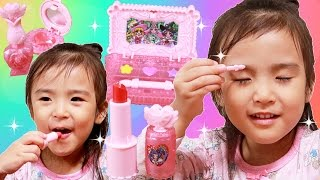 魔法使いプリキュアアンティークコスメセット Kan & Aki family fun thumbnail