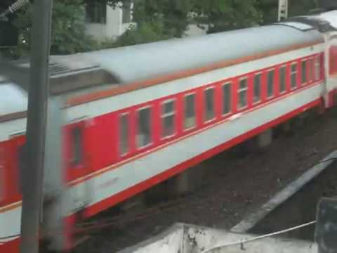 [China Railway] SS8 0143 hauls K8(Guangzhou - Hankou) passenger train