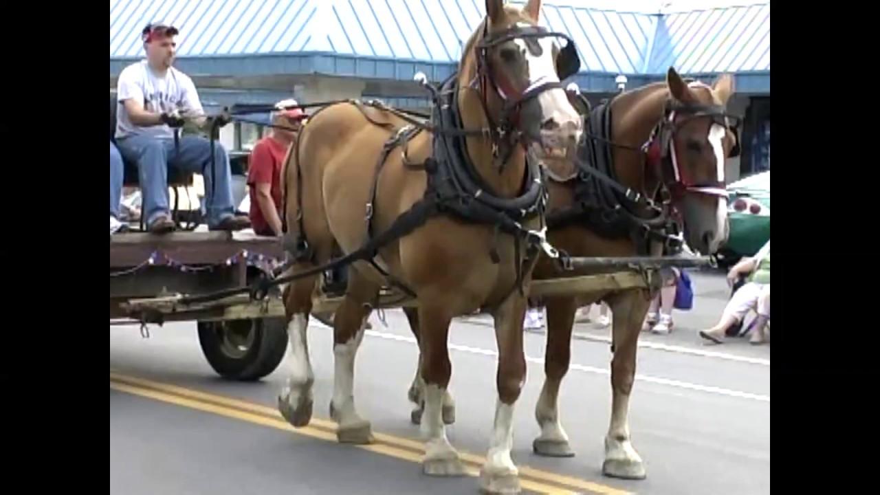Moira Parade  7-29-06