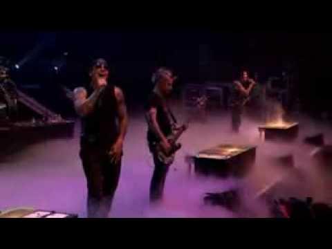 Avenged sevenfold a little pice of heaven(live)