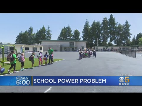 New Mountain View School Holds First Day Of Classes Without Permanent Power Supply