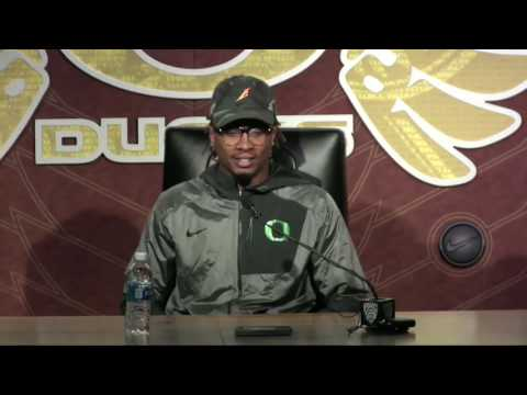 Oregon WR Darren Carrington says Willie Taggart has instilled confidence in the defense