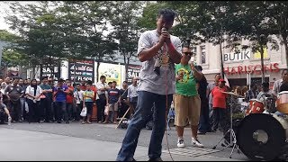 orang gila suara best dan power feat sentuhan buskers cover mojo&search-roman cinta&seroja MP3
