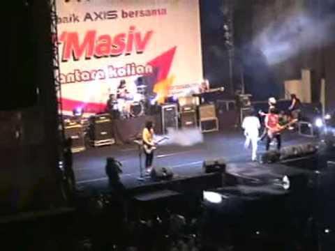 Konser d'Masiv 2008 di Dome UMM Malang