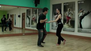 Improvised Salsa dancing routine with music from Palenke