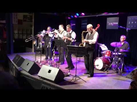 The Swing Flamingos. Nova Jazz Cava. Terrassa. 31/05/18 (Lounging At The Waldorf - Fats Waller)