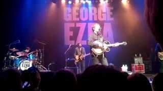 George Ezra - Blame it on me - live (HQ)