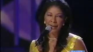 Watch Natalie Cole Livin For Love video
