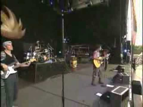 audioslave -  I Am The Highway (live)
