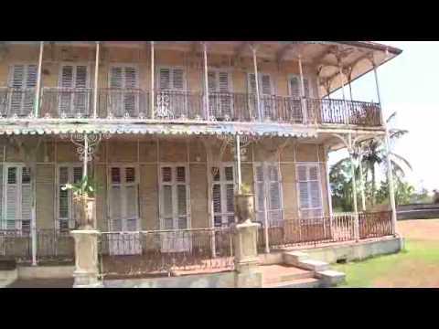 La maison coloniale youtube for La maison coloniale soldes