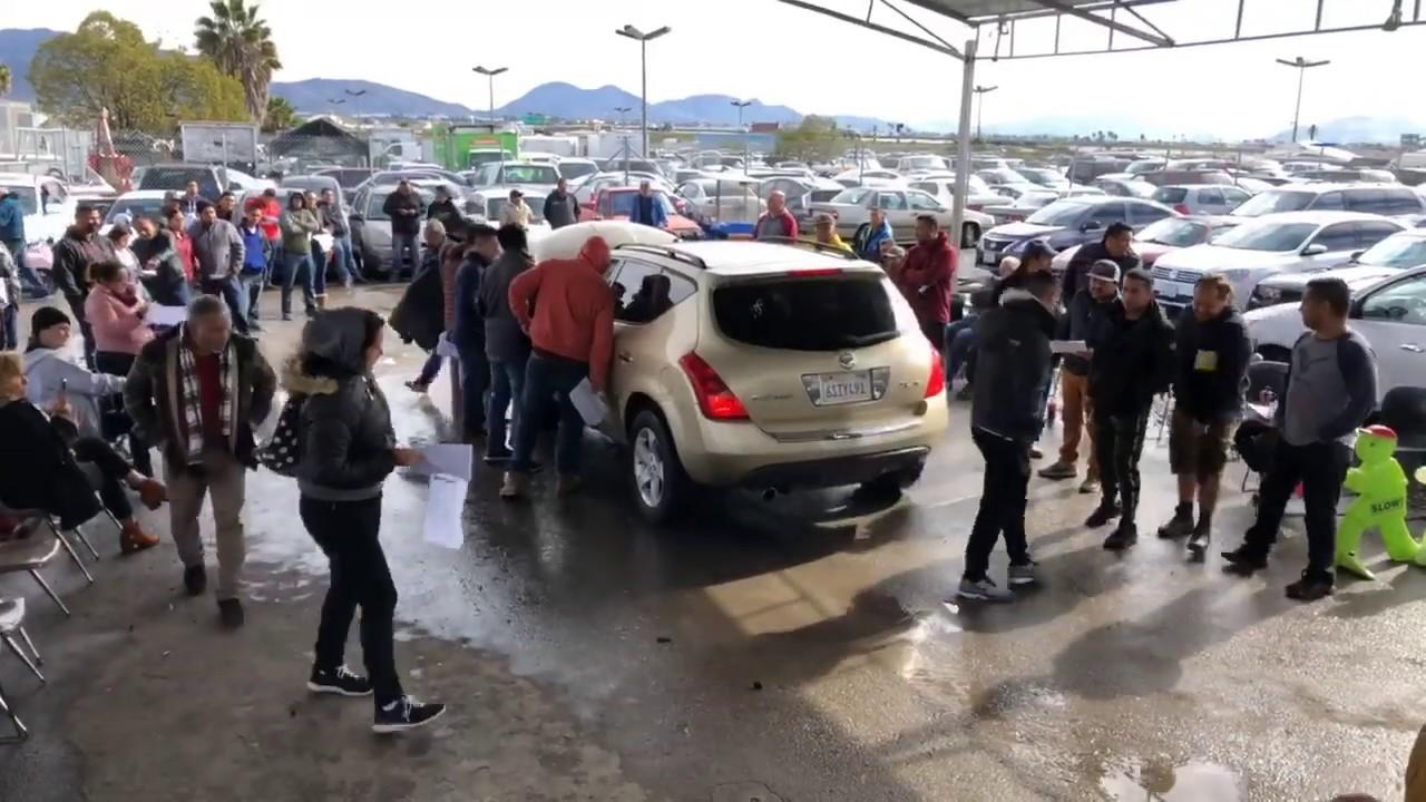 Subasta De Carros >> 100s De Carros Repodridos Por El Gobierno En Subasta