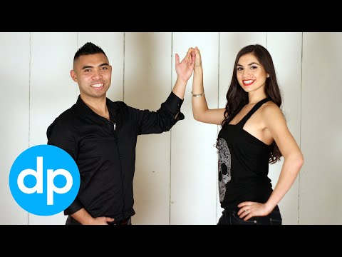 Salsa Dancing: Right Turn for Men & Women