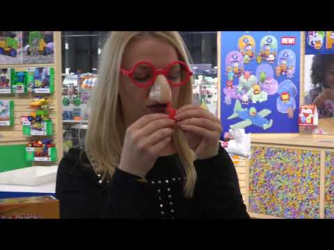 TOY FAIR 2018: GROSS Games!! Snot It, Don't Step In It, Pop-a-Zit!