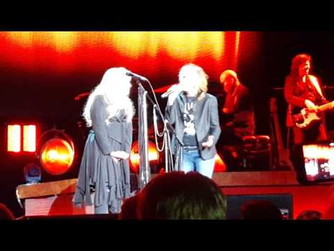 Stevie Nicks, Chrissie Hynde, Waddy Wachtel - Stop Draggin' My Heart Around - Columbia, SC 11/12/16