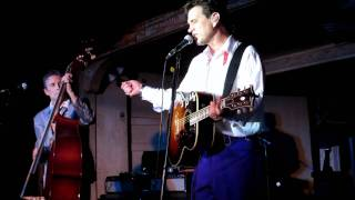 Dixie Fried, Chris Isaak 2011