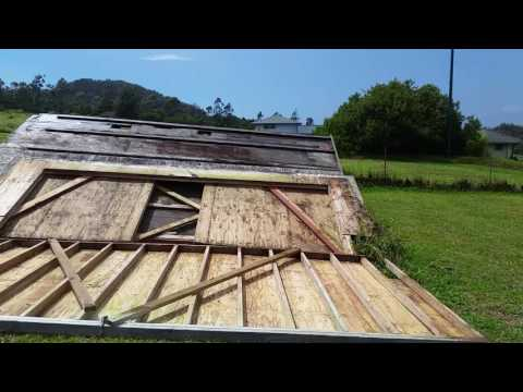 Off-GRID Dismantle Building/Walls Still Fighting Bees - My Back Went Out.