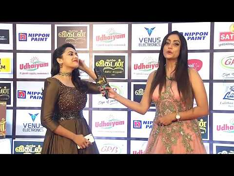 Ananda Vikatan Cinema Awards 2017 Sri Divya Part 2