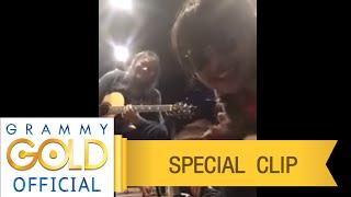 หนาวแสงนีออน (Acoustic Live) - ตั๊กแตน ชลดา Feat. อาจารย์วสุ ห้าวหาญ