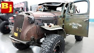 I saw the Grimm Creeper from Truck Night in America at the UOR Show!