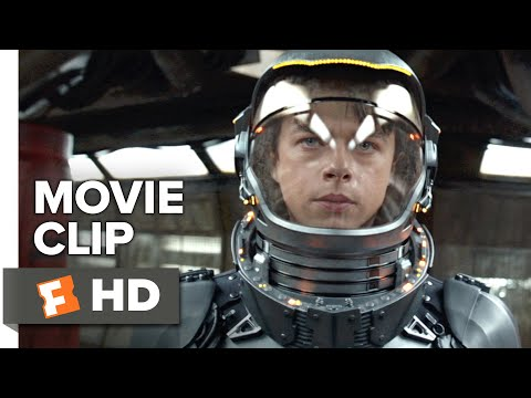 Valerian And The City Of A Thousand Planets Movie Clip - Into A Wall (2017) | Movieclips Coming Soon