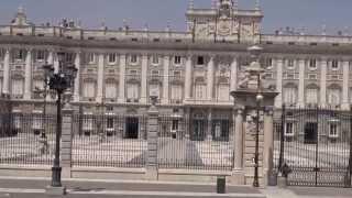 Испания: Мадрид - Прогулка по городу(Full HD качество доступно здесь: http://yadi.sk/d/fNT8e8228JQu5 Видеоролик об основных достопримечательностях Мадрида..., 2013-08-26T08:42:00.000Z)