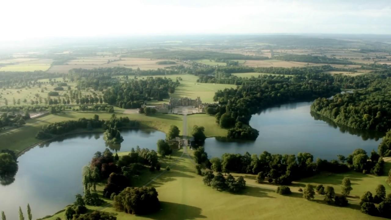 Beautiful aerial views of Blenheim Palace - YouTube