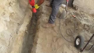 Stark Jack Hammer won't hammer with spade shovel bit