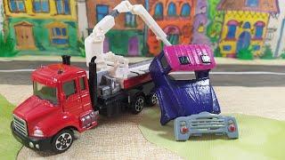 Машинки эвакуируют грузовичок.Видео для детей. videos for kids