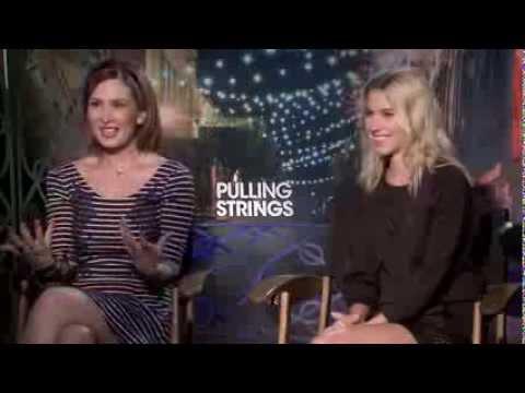 Laura Ramsey & Aurora Papile entrevista bilingüe