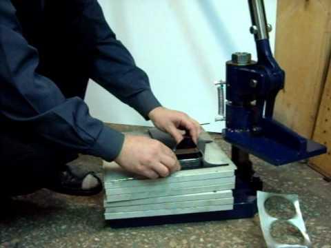 Прессы для тиснения ✓в наличии 28 моделей от 6 производителей ✓купить пресс для горячего тиснения ✓проконсультируем, доставим по москве. Пресс для тиснения может наносить оттиски на бумагу, кожу, дерево, пластик,