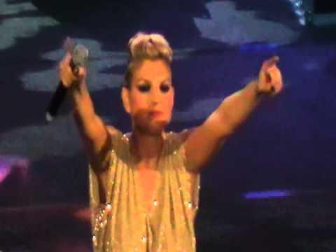 Cullami emma karaoke doovi - Una finestra tra le stelle karaoke ...