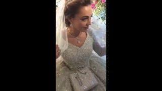 Хадиджа Гуцериева в платье  от Ellie Saab весом 25кг и стоимостью 25 миллионов (оценка СМИ)