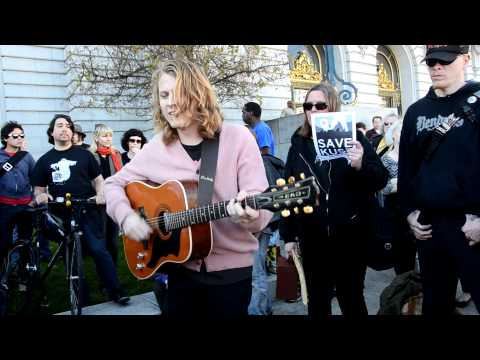 Ty Segall plays Bob Dylan Blues by Syd Barrett at Save KUSF rally at San Francisco City Hall