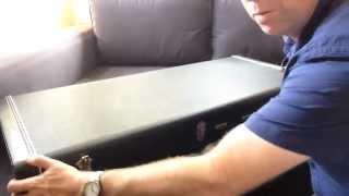 Unboxing a Rickenbacker 381v69