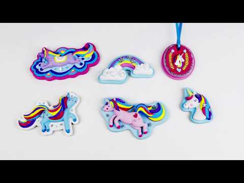 01359 SES Casting and painting - Unicorns