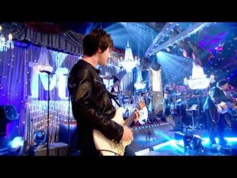 Dizzee Rascal vs Nirvana - Stand Up Tall (On Jools Holland)