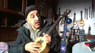 ukuleles tuned in fifths